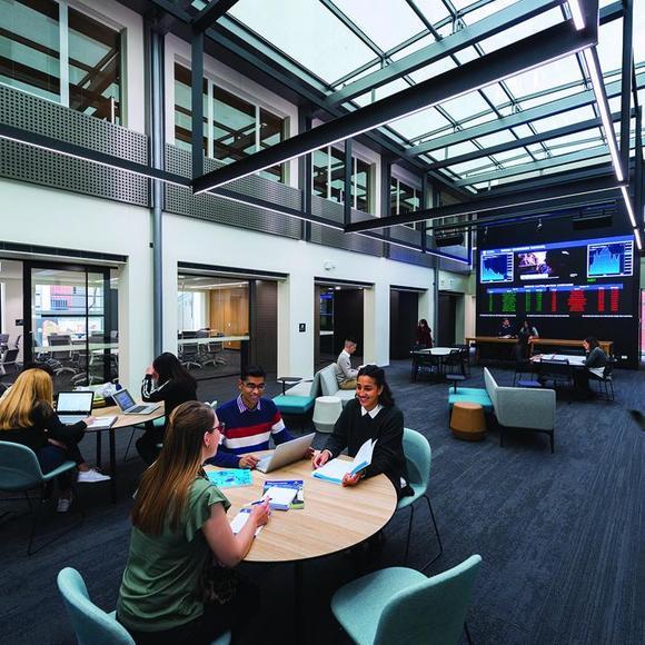 Học bổng du học tại đại học Nam Úc - Thư viên trường