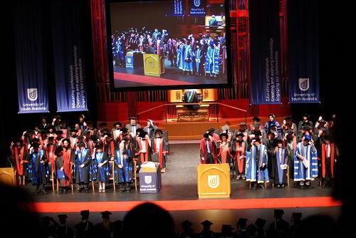 Học bổng du học Đại học Nam Úc - Đội ngũ giảng viên đa quốc tịch