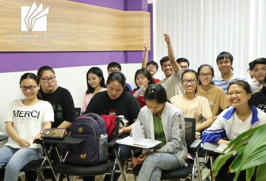Việt Nam Hiếu Học - Tình bạn của những du học sinh tương lai