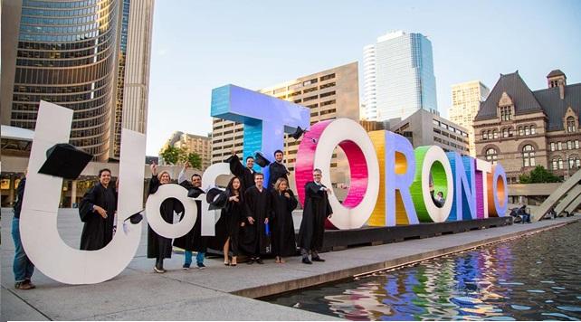 Học bổng du học Canada - University of Toronto_Chất lượng đào tạo hàng đầu