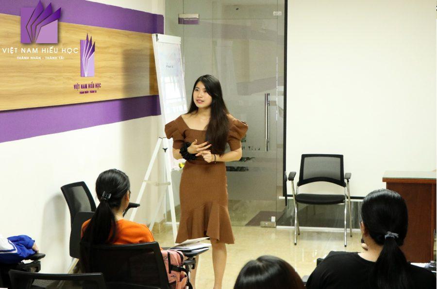 Đại sứ Việt Nam Hiếu Học - Diệp Phương Chi