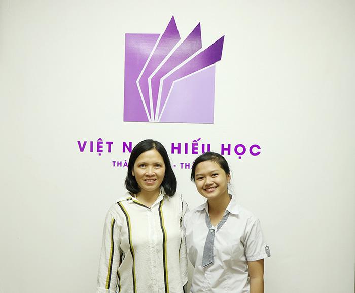 Nguyễn Ánh Ngọc và mẹ